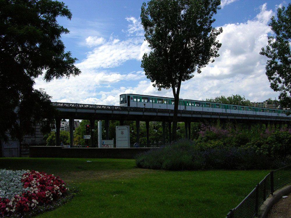 Bir-Hakeim bridge - 2