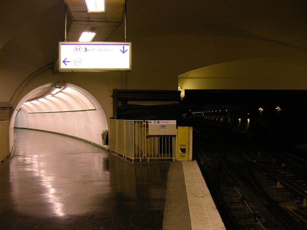 Old running tunnels, Gambetta - 2